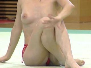 Claudia Presacan - floor - topless