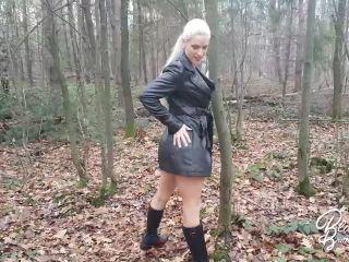 Mydirtyhobby presents Blanche Bradburry in Striptease in forest