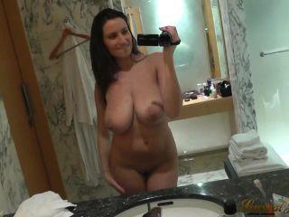 Sensual Jane – BATH SQUIRT IN 5 STAR HOTEL (HD)
