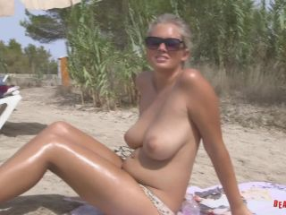 BeachJerk Chloe - Cooled Down Oiled Up - FullHD