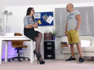 Humiliation – The English Mansion – Leg Show and Tell – Complete Film – Miss Tiffany