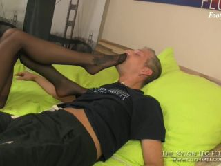 handjob - The Nylon Leg Fetish Store – Loreen footsniff while sleeping