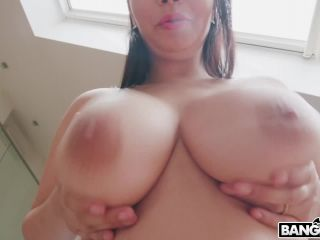 Bros – Sofia Lee – Hottie With Perfect Tits Loves Anal