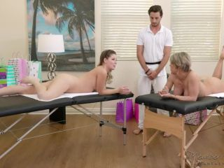 FantasyMassage presents Dee Williams, Vienna Rose in Daughter-Mom Combo –