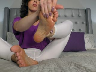 Soles fetish – Janira Wolfe – Thrice in 15 Minutes for My 4K Perfect Feet 4K