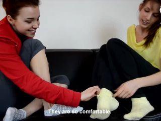FOOTSIE – Czech Soles – Ivy, Eliska – Big or tiny feet?