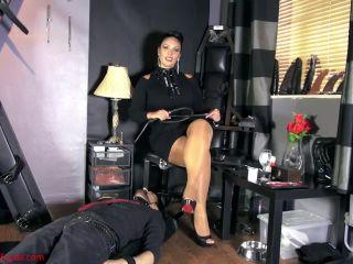 Mistress Ezada Sinn – It all starts with My spit
