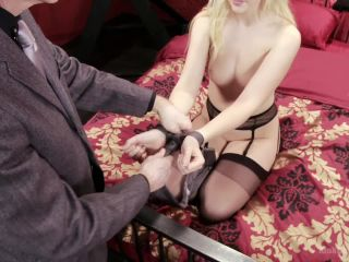 Easy, Sexy Bondage (Rope, Ties, Tape, & More) - Kink  April 9, 2015