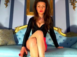 Devious Queen in Breath control JOI