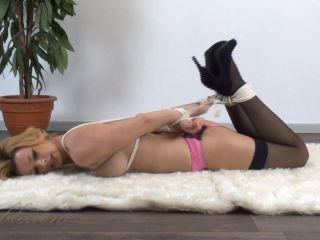 Coxy aka Dominika Jandlova ta039 2014-01-12 Coxy – Hogtie arching