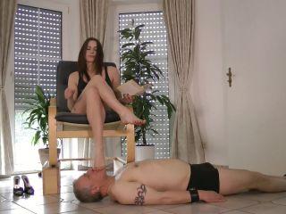 Porn online Lady Evita - Face Crushed Under Sexy Feet femdom