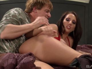 Kelly Divine Knows He Likes To Cum All Over Her Ass After Anal