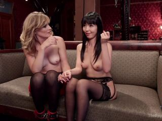 An Evil Anal Slave and Her New Pet (July 17, 2015)