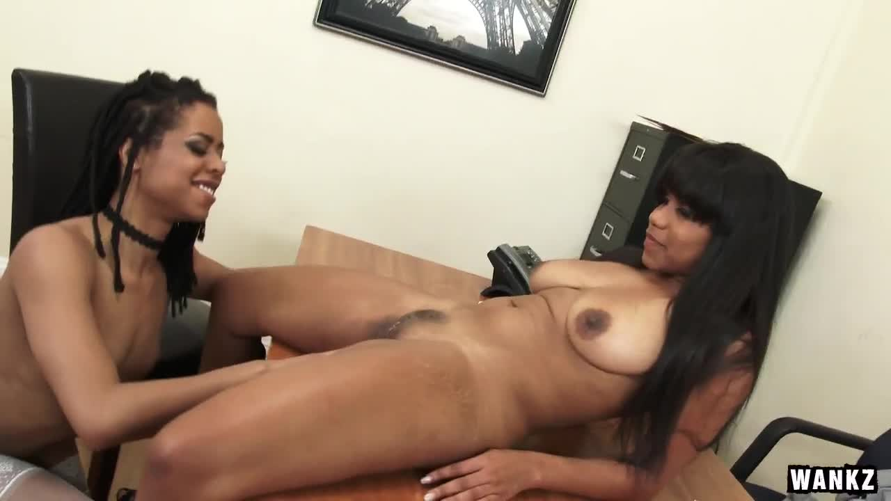 Lesbians And A Sybian