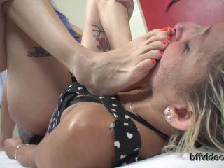 Online Fetish video Feet slave – Bffvideos – Princess Leila Sweaty Feet Of Boots Pt.2