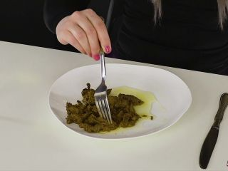 Houseofera - scat pee spitting - dinner for you [FullHD 1080P] - Screenshot 5