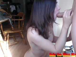 ManyVids presents Holothewisewulf in oily handjob
