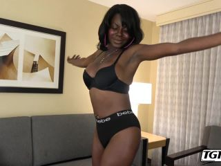 Porn online sweet cinnamon plays her cock! (23 april 2019) – pov, oral, cum in mouth, fetish
