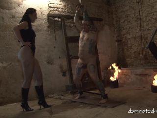 Mistress Luciana - A Loving Balls Treatment [FullHD 1080P] - Screenshot 3