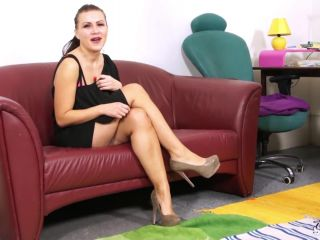 bad girl c to fake casting show her skills but fucked only!