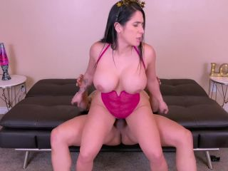 yinyleon - Gorgeous Big Ass Brunette Wanted to Start this new Year wit ...