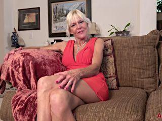 Milf 18 09 22 Mimi Smith Interview - Ssbbw Hardcore on femdom porn femdom island