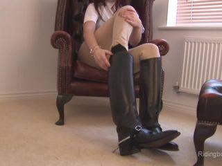 Online video Lorna - 27-May-2011 feet