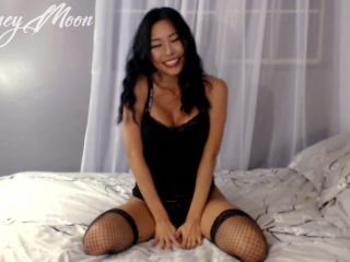 Honey Moon - Korean SPH SNSD Blackmail Femdom