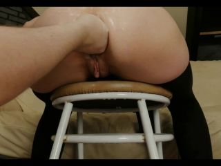 Dismoralica ass on chair fisted and prolapsed