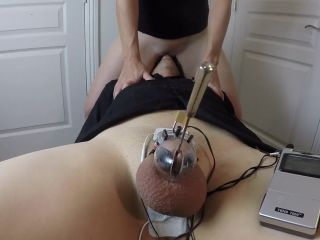 Face Riding till I get off while he is Locked up in Electro Chastity