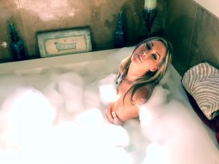ManyVids Webcams Video presents Girl Jessica Loves Sex in Bubble Bath