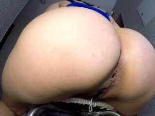 ElenaToilet - Big Ass Big Shit [FullHD 1080P] - Screenshot 6