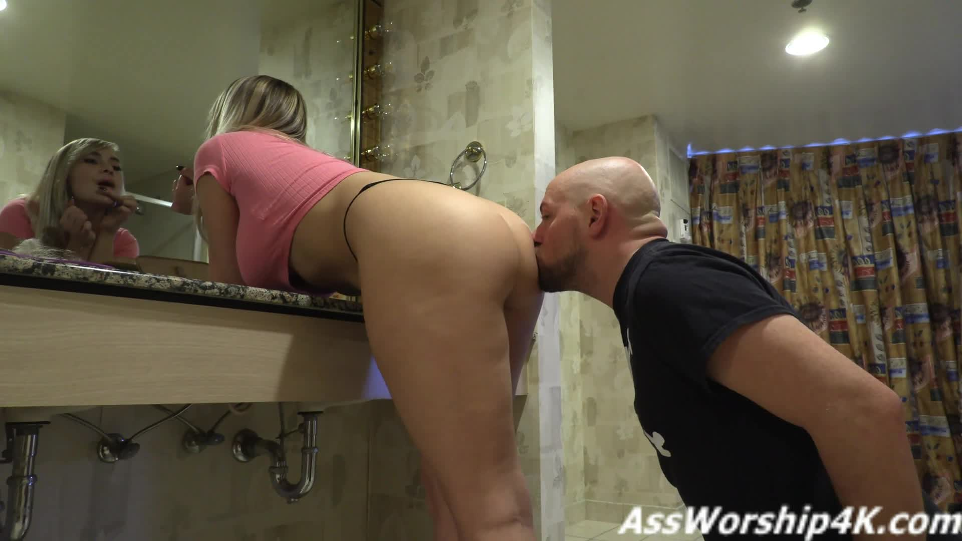 Femdom Facesitting Ass Licking