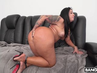 Monica Santhiago & Mandingo - Huge Brazilian Ass (ap16473 / 30.04.2018)