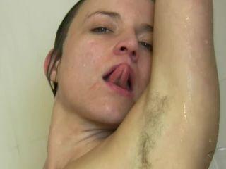 Phoebe takes a shower 852 Phoebe