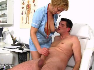 Online Tube Cock sucking at sperm clinic with lady doctor Reba - handjob and footjob