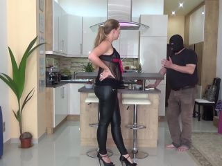 Lady Cruellas games  The beaten landlord  Cruel caning [CANING]