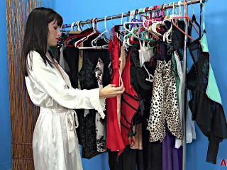 Alana Cruise 38 years old Mature Housewives