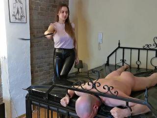 Whipping Until He Can No Longer Sit Down [HD 810P] - Screenshot 1