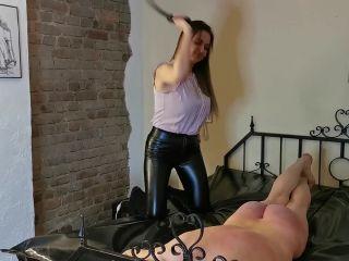 Whipping Until He Can No Longer Sit Down [HD 810P] - Screenshot 3
