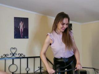 Whipping Until He Can No Longer Sit Down [HD 810P] - Screenshot 4