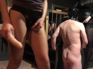 Porn online Maya Sin - Young Goddesses humiliating their Bi slaves femdom