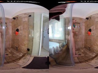 Celebrating in Style - Alicia Williams Oculus Go 1920p h.265 VRvid