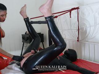 Queen Kali Rain - More of what happens when I am in control [HD 720P] - Screenshot 6
