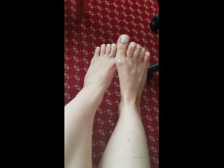 anastasiarosexxx 17-11-2019 I love when my feet are covered in cum footfetish cumonfeet feet