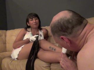 Scissorhold – Asian Mean Girls – LICK THE DIRT OFF MY WHITE SHOES Starring Syren Hikaru