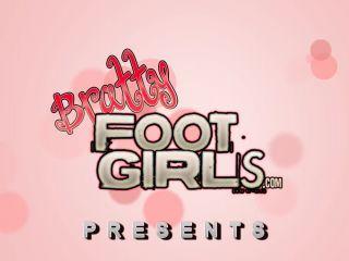 Bratty Foot Girls – Goddess Jolene Valkyrie – Addicted to your goddess