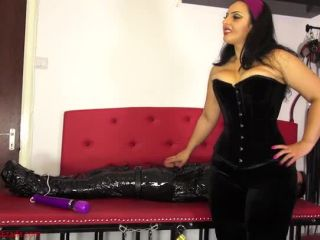 Mistress Ezada Sinn  Hard under My control