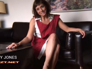 Clips4Sale – ShowAssBB presents Janey Jones in Wank For Mommys Cunt