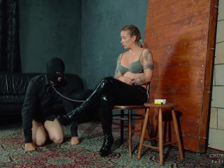 "CRUEL ANETTE: ""SUCKER ON A LEASH"" (FOOT WORSHIP, SMOKING)"